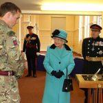 エリザベス女王がイギリス陸軍工兵隊300周年のお祝いにご出席されました。
